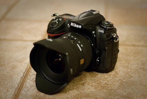 Nikon D300s DSLR with Super Wide Lens