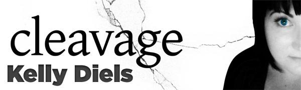 Kelly Diels - Cleavage